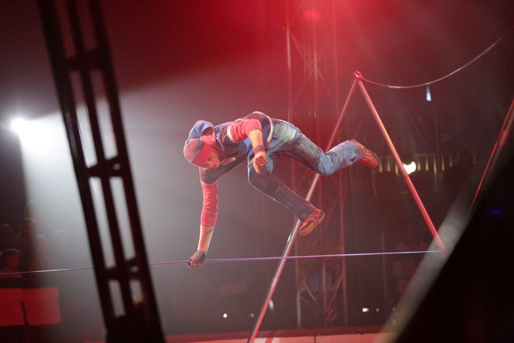 Bounce 03